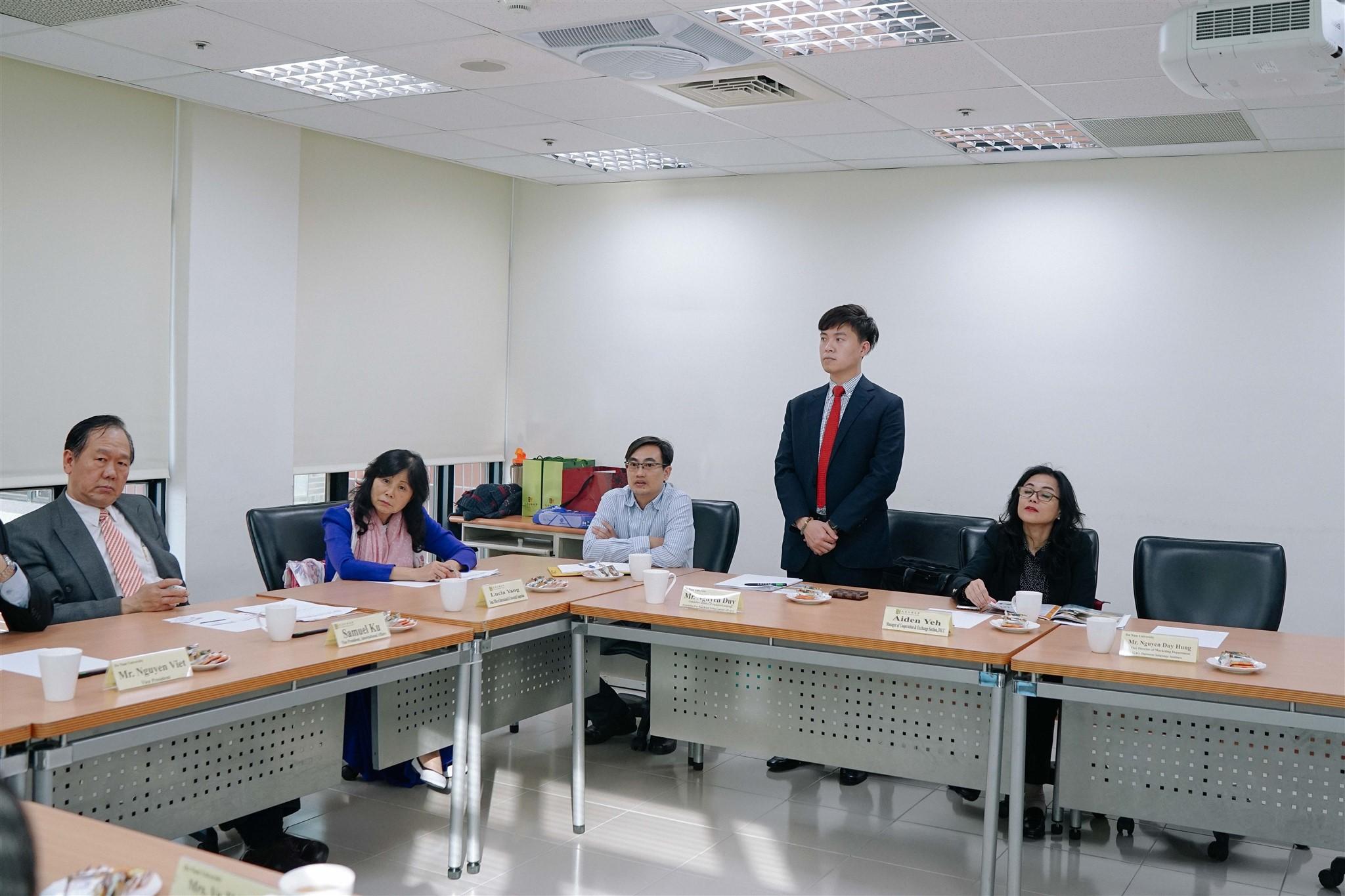 WENZAO外国語大学を訪問